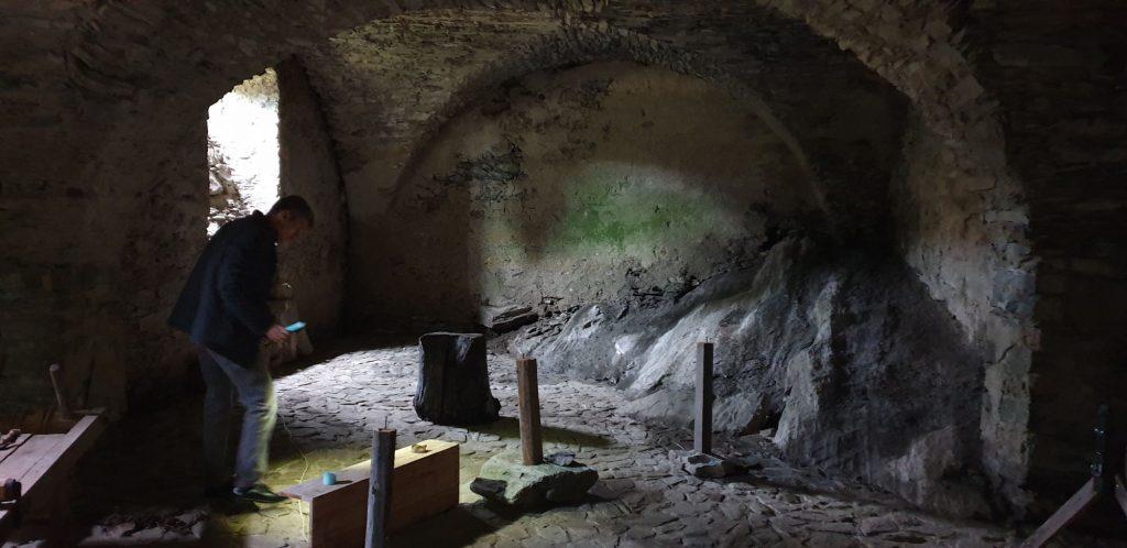 Der Kerker in der Burgruine Liebenfels